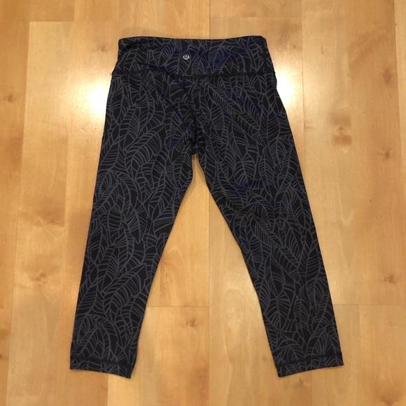 35aa9762b lululemon athletica Pants - Lululemon Speed Up Crop - Size 6